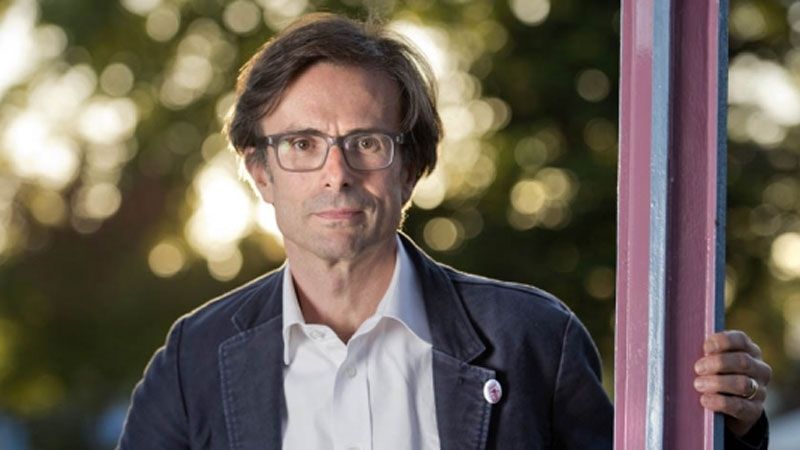 Peston on Sunday Becomes Peston on Wednesday Night