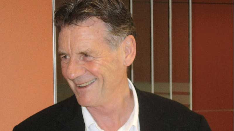 Michael Palin goes to North Korea for Channel 5 Documentary