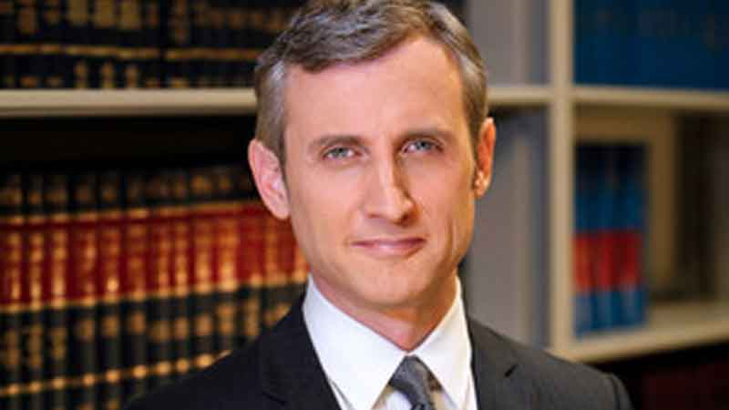 Dan Abrams, ABC News' Dan Abrams Gets SiriusXM Show, News on News, News on News