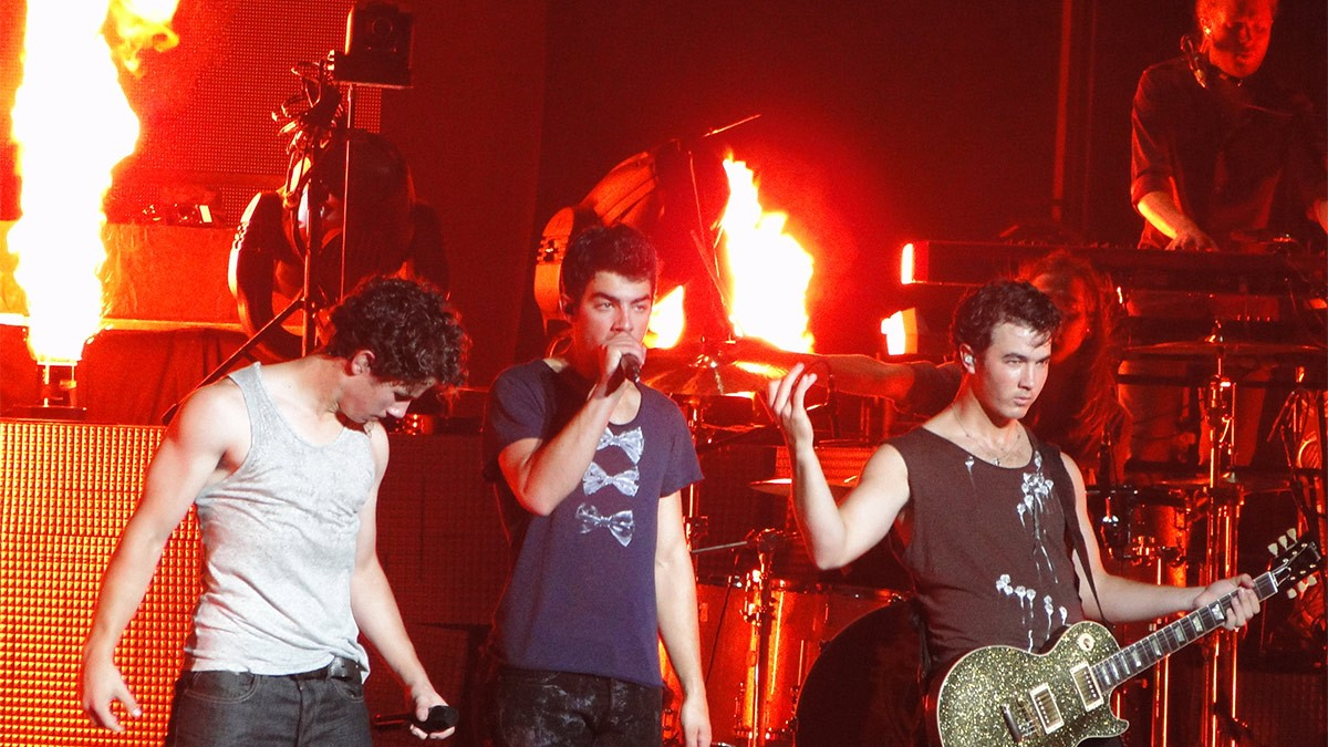 Jonas Brothers to Answer Fan Questions on SiriusXM Hits 1