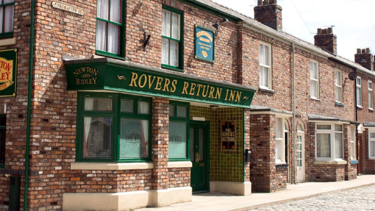 The Rovers Returns: Coronation Street Filming Re-Commences