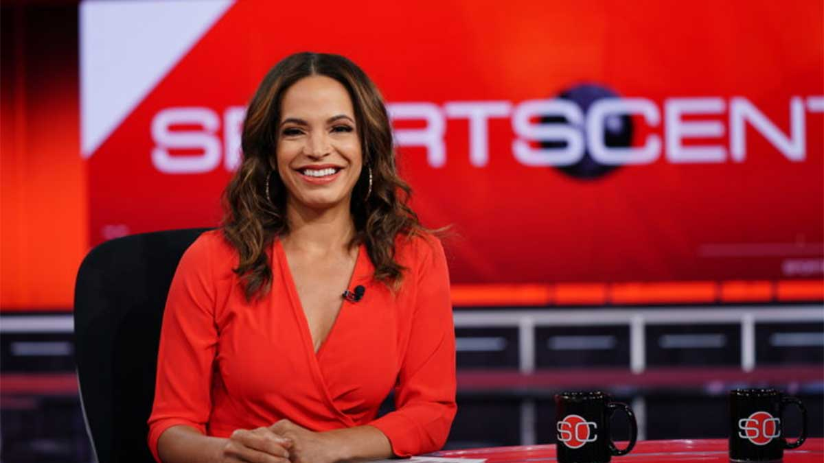 Elle Duncan Signs New Deal with ESPN